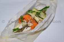 Hake spools with zucchini, carrot and rosemary